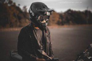 Como descartar capacete de moto