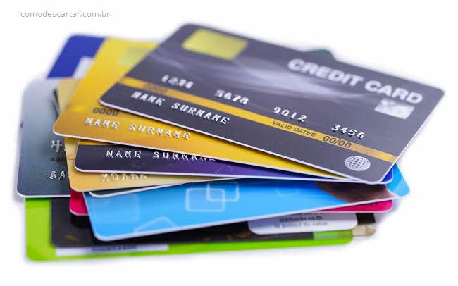 Como descartar cartão de crédito