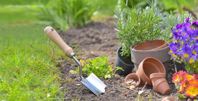 Como descartar pá de jardinagem